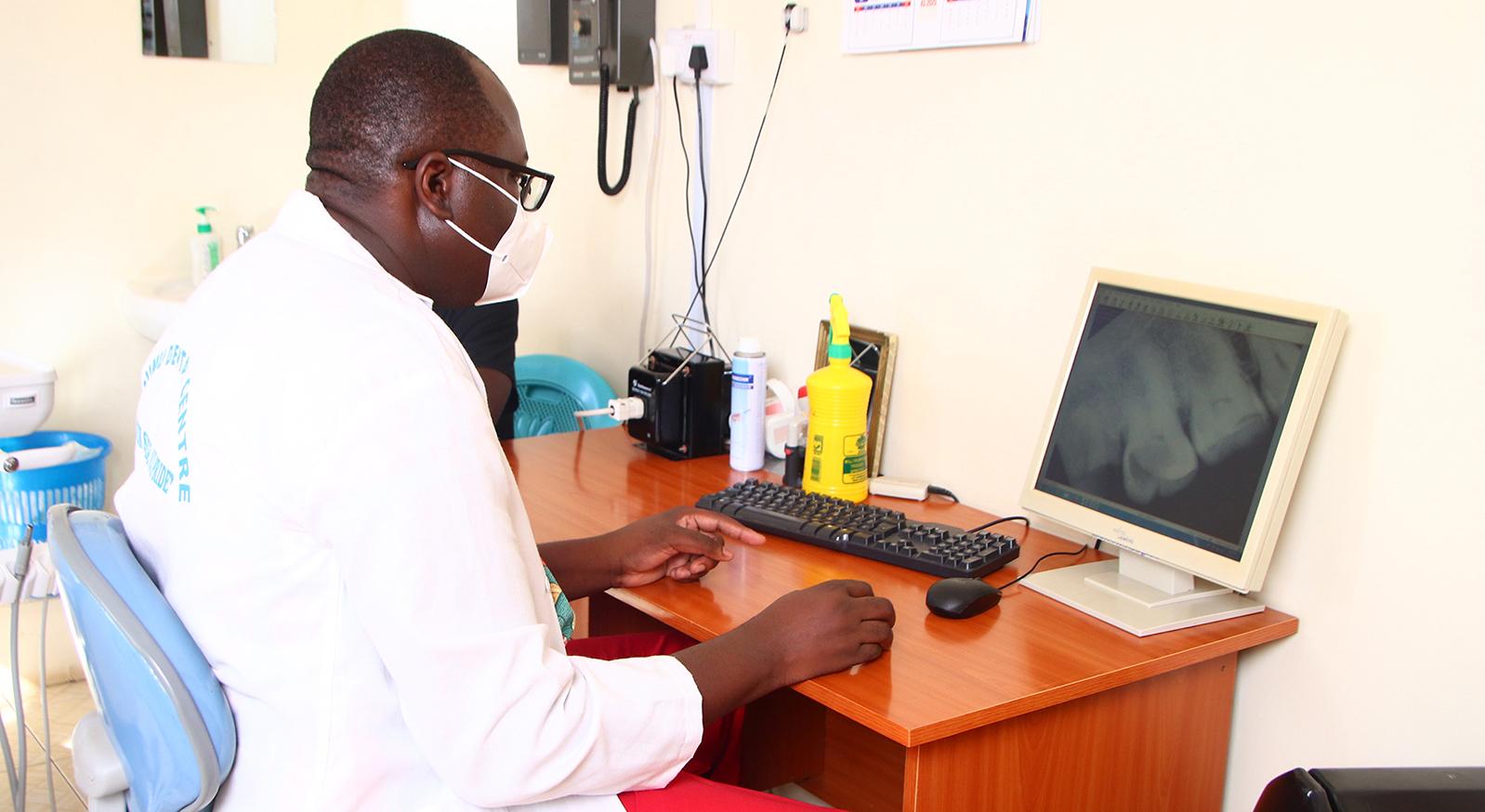 Dr Odoyo - Digital X-ray